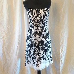 White House Black Market Dresses - WHBM dress